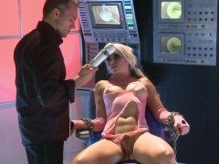 Anikka Albrite wants to be penetrated with a monster toy