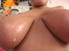 Stunning busty Alexis Silver loves to deepthroat