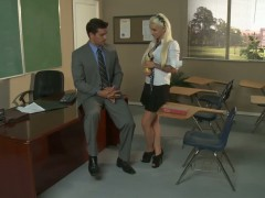 Super sexy Alektra Blue is naughty as she turns her teacher on.