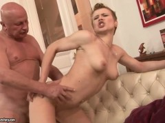 Blonde Chicky Clarissa is good at fucking