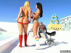 Chica Mariah Milano with big butt and Alexis Texas makes her lesbian sex dreams a come true