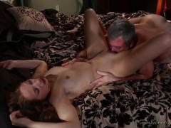 Hot ass Alyssa Branch gets licked by Jay Crew