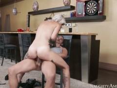 Xander Corvus gets pleasure from fucking ultra hot Kleio Valentiens love tunnel
